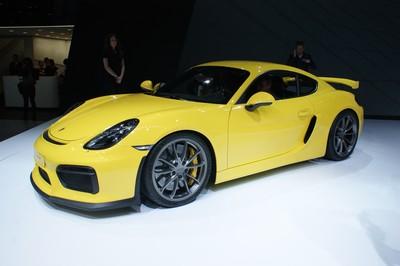 Porsche Cayman GT4-20344.jpg