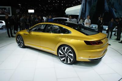 Volkswagen Sport Coupé Concept GTE -20389.jpg