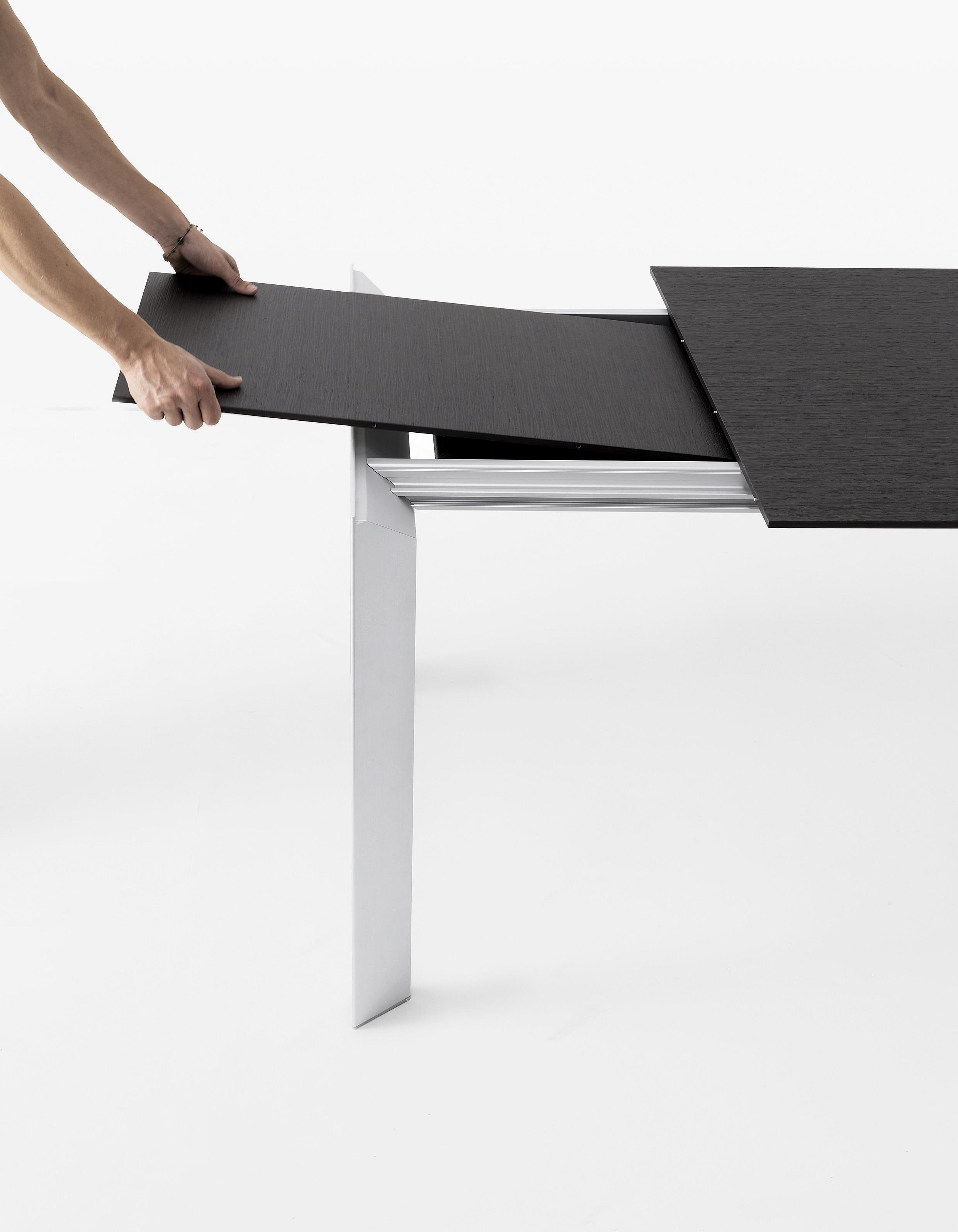 noriallungo Kristalia Verdeler Loncin design verlengbare tafel meubel zetel Leuven Brussels mechelen antwerpen vlaams-branbant Limburg Hasselt Tongeren Genk Sint-Truiden Zoutleeuw.jpg