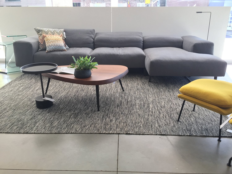 Design Meubels Aanbieding.Design Meubel Outlet Loncin Interieur A Beautiful Home