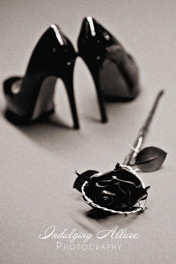Sexy-Black-Leather-Pumps-Fetish-Shoes-boudoir-photos.jpg