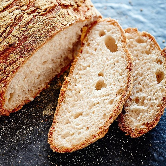 The newest addition to our bread family - the yeast, dairy and gluten free round sourdough 😍