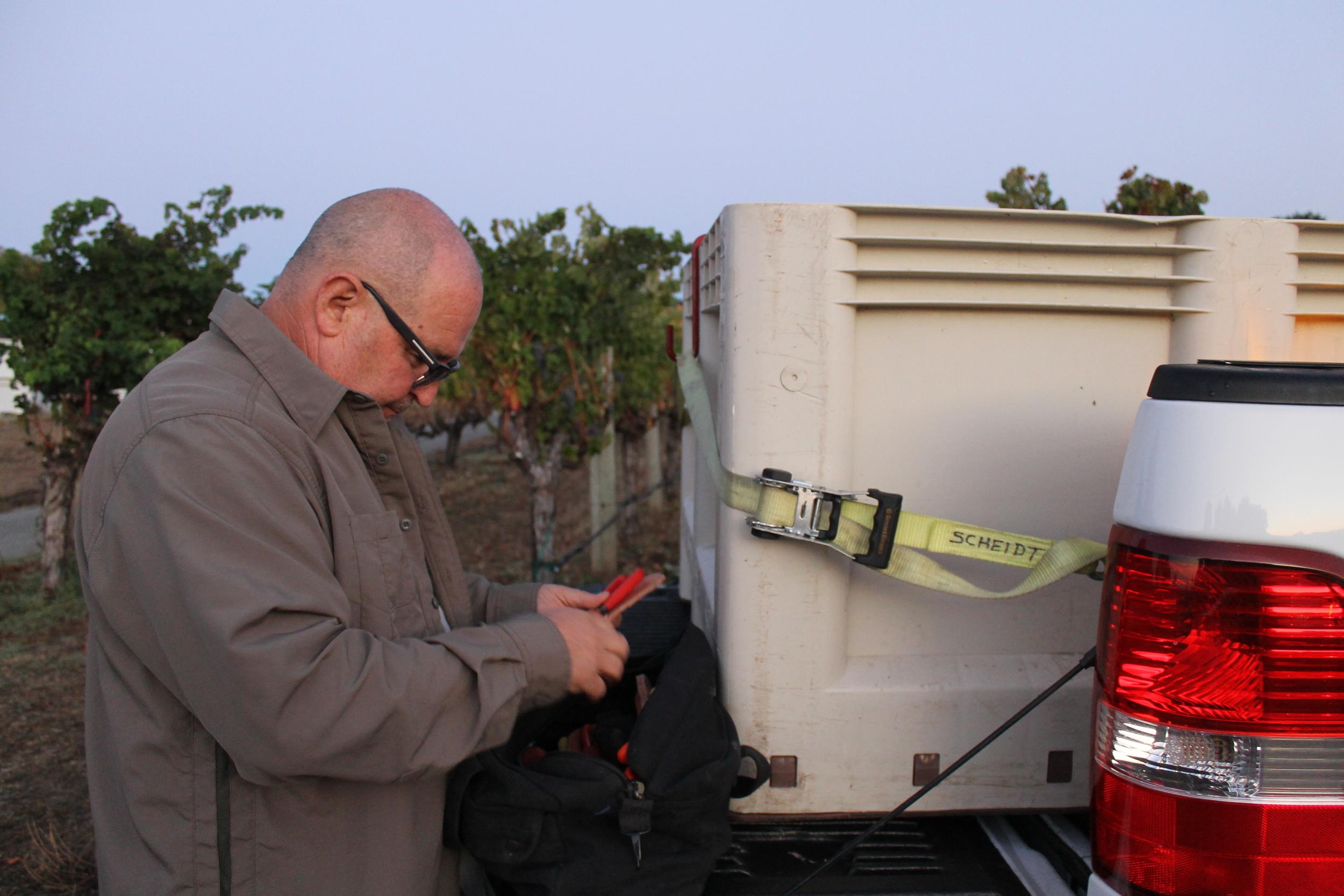 1-T-L securing the bin