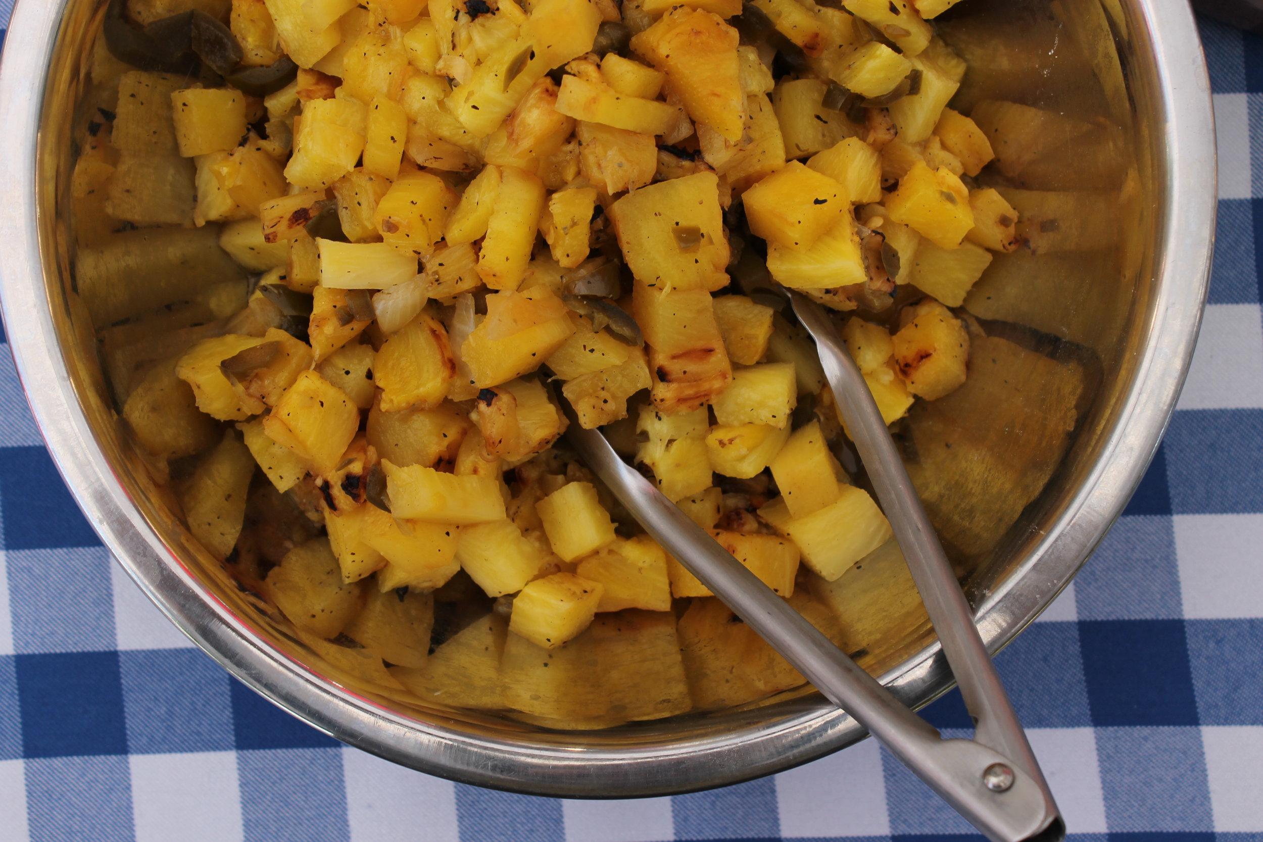 Roasted pinapple and jalapeno salsa