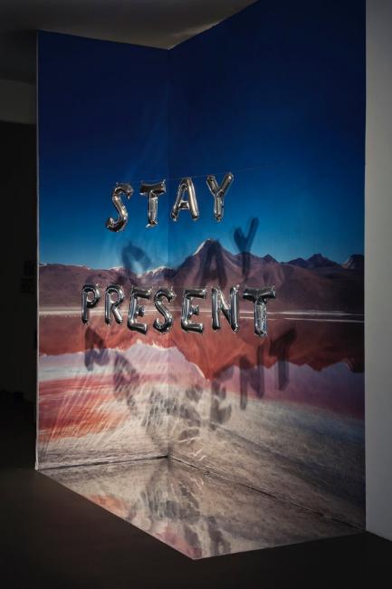 Olivia Steele, Stay Present, 2016