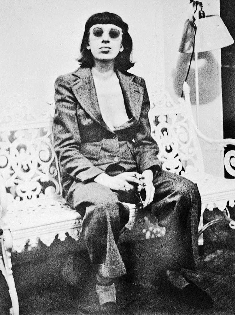 Photograph of Lee Krasner  1938,  courtesy of Barbican Art Gallery, London.