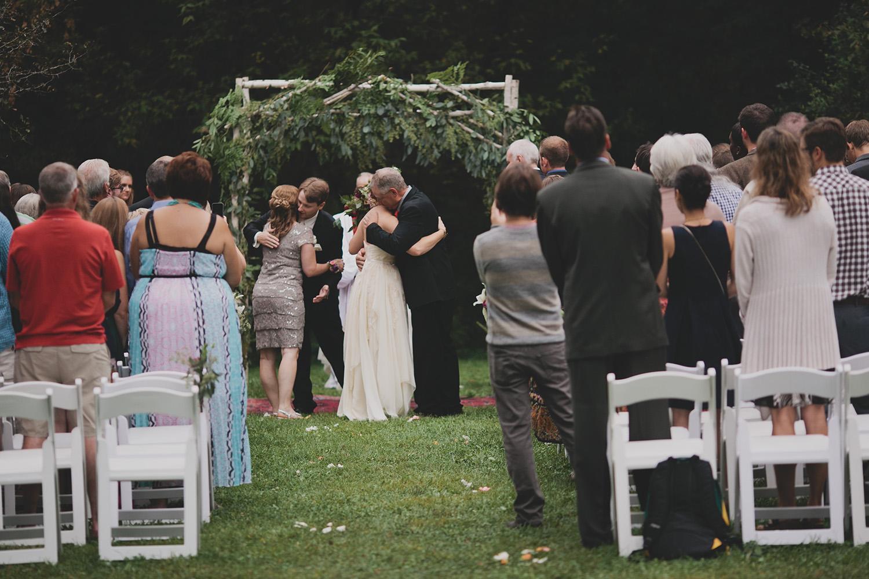 Aldo Leopold Nature Center Wedding _0062.jpg