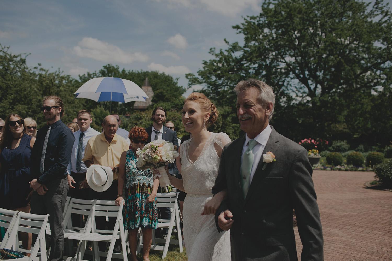 Olbrich Gardens Wedding_0018.jpg