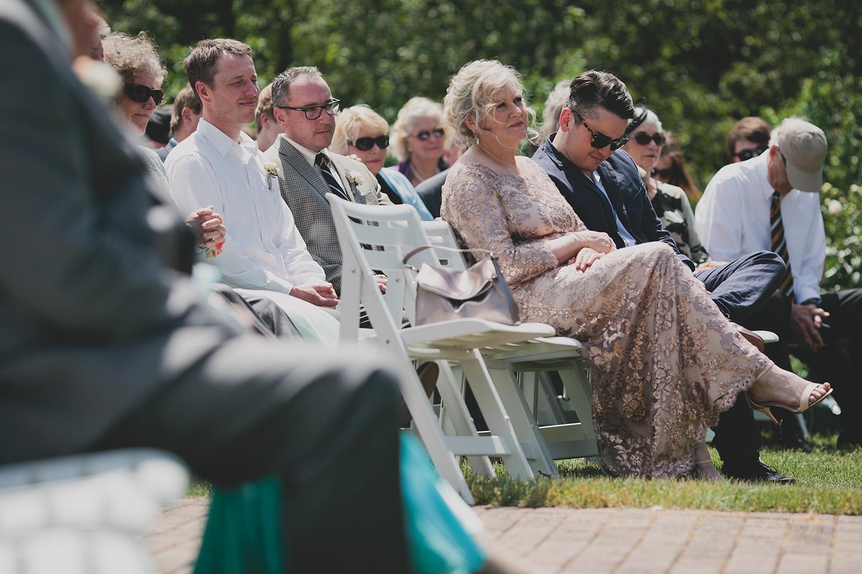 Olbrich Gardens Wedding_0025.jpg