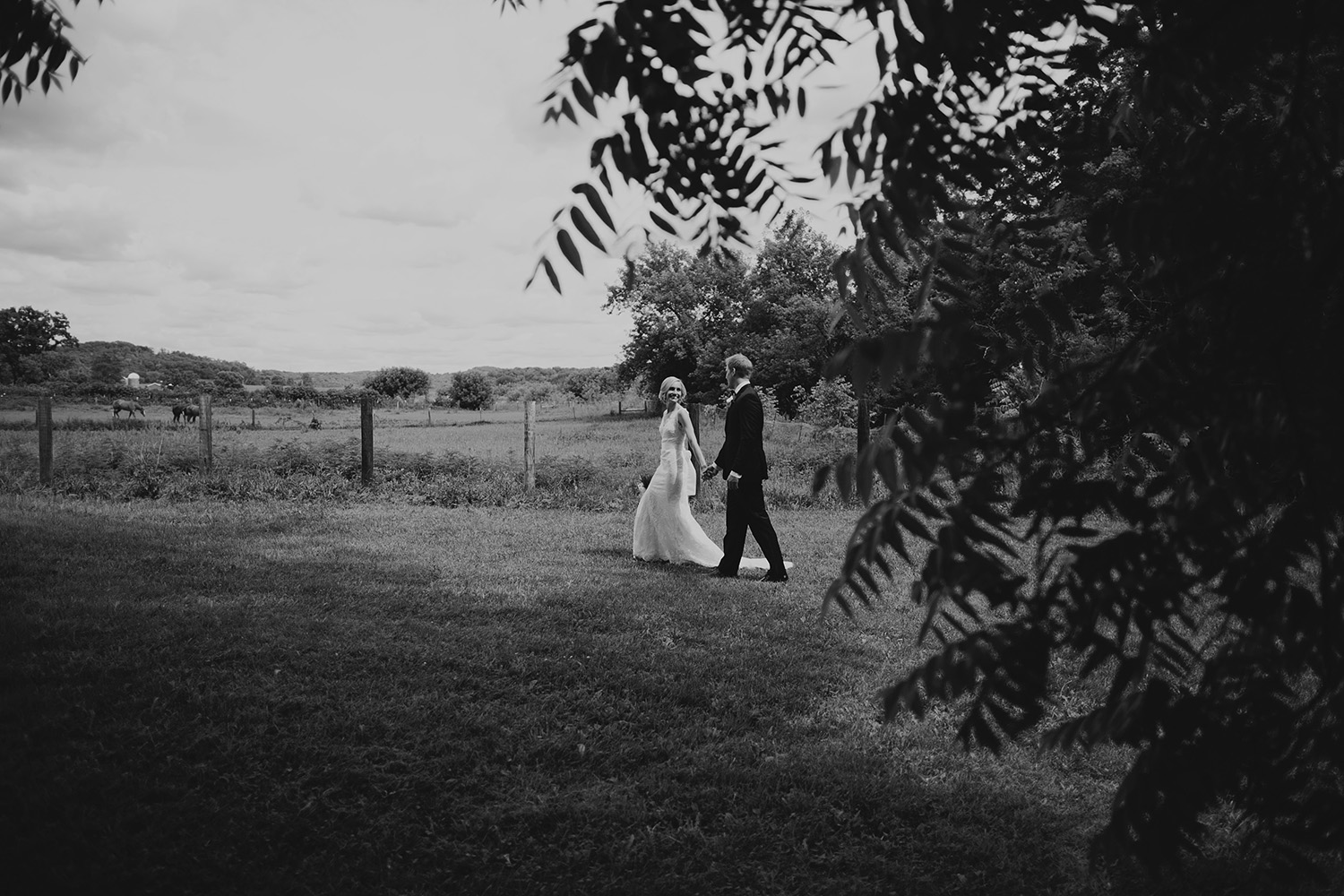 Sugarland Barn Wedding_0044.jpg