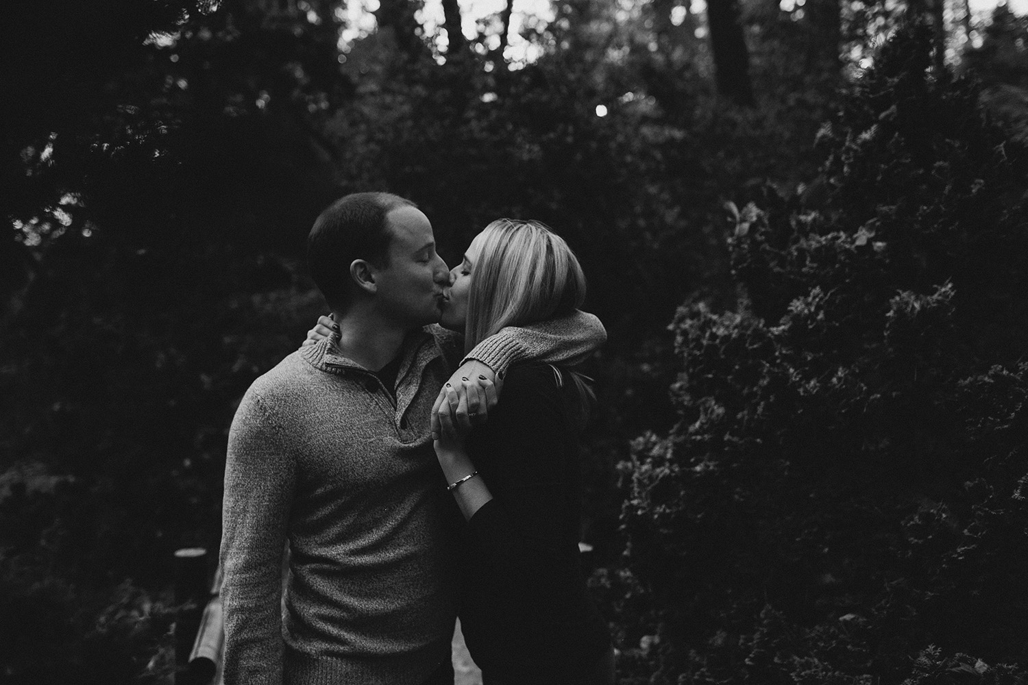 Botanical garden engagement photos_0023.jpg
