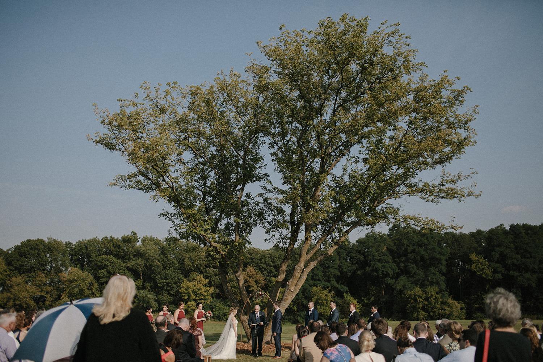 Wisconsin Backyard Wedding Photos041.jpg