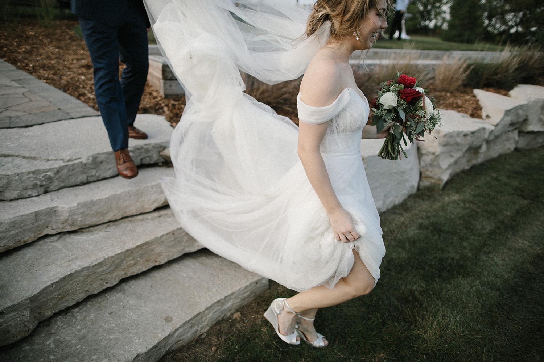 Wisconsin Backyard Wedding Photos077.jpg