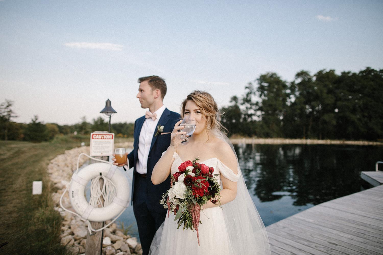 Wisconsin Backyard Wedding Photos080.jpg