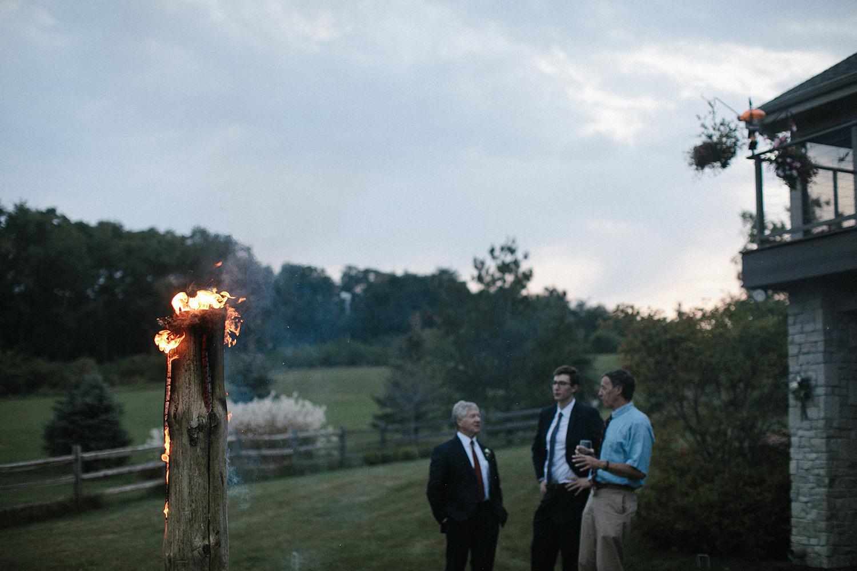 Wisconsin Backyard Wedding Photos094.jpg
