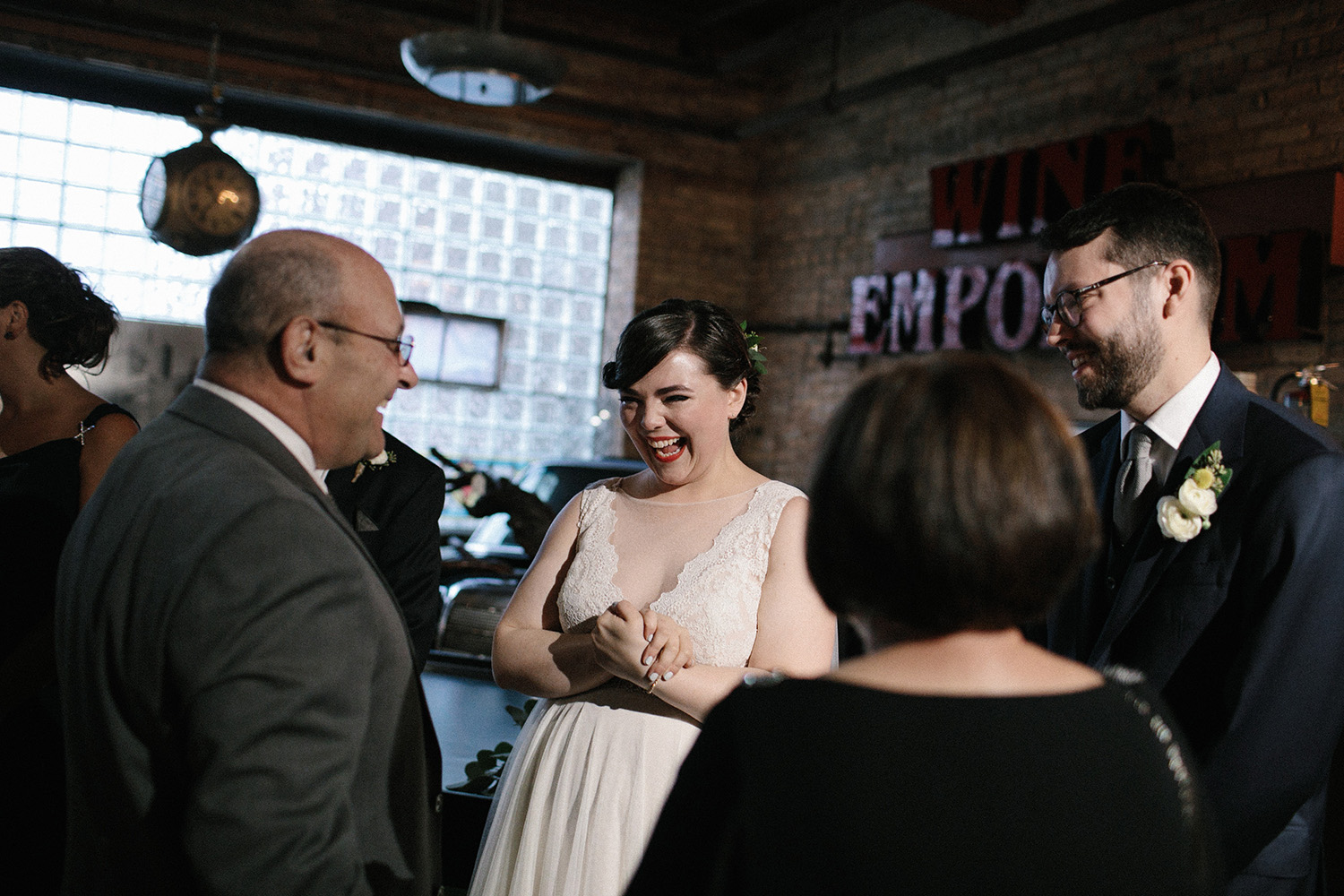 Salvage One Chicago Wedding Photos105.jpg
