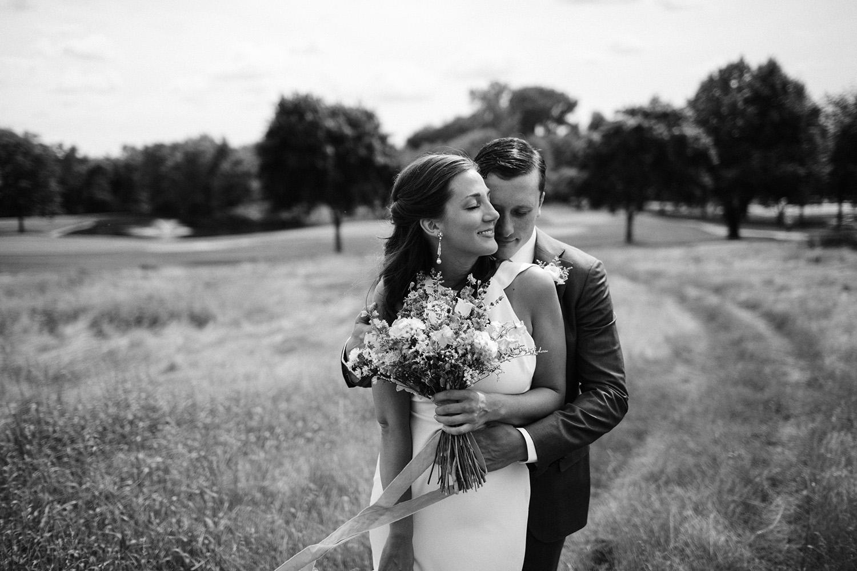 Chicago Backyard Wedding Photos030.jpg