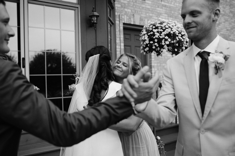 Chicago Backyard Wedding Photos054.jpg
