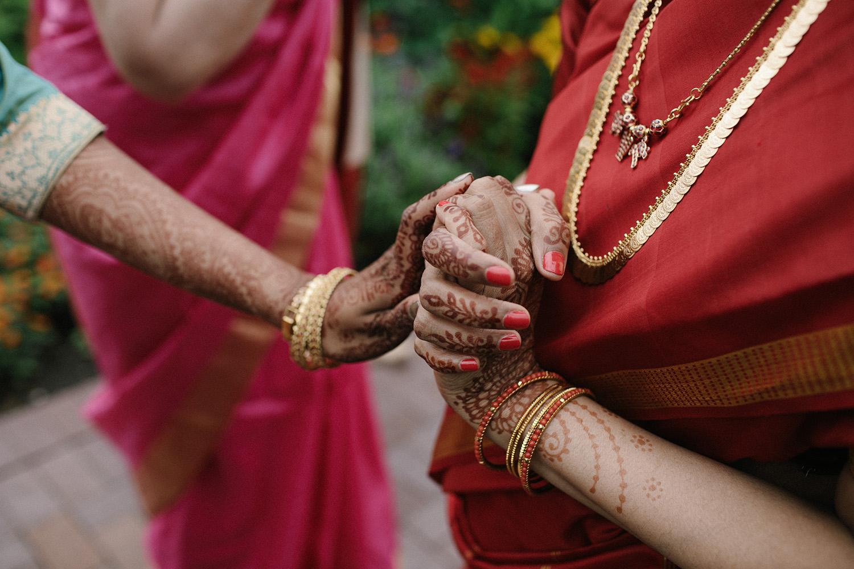 Chicago Botanic Gardens Indian Wedding 032.jpg