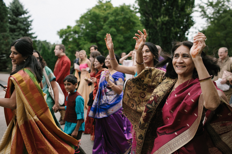 Chicago Botanic Gardens Indian Wedding 051.jpg