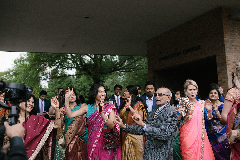 Chicago Botanic Gardens Indian Wedding 052.jpg
