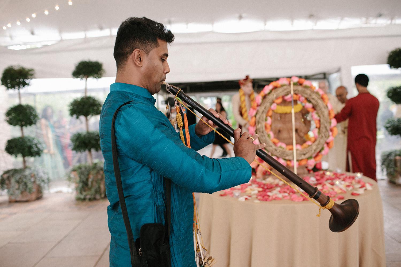 Chicago Botanic Gardens Indian Wedding 055.jpg