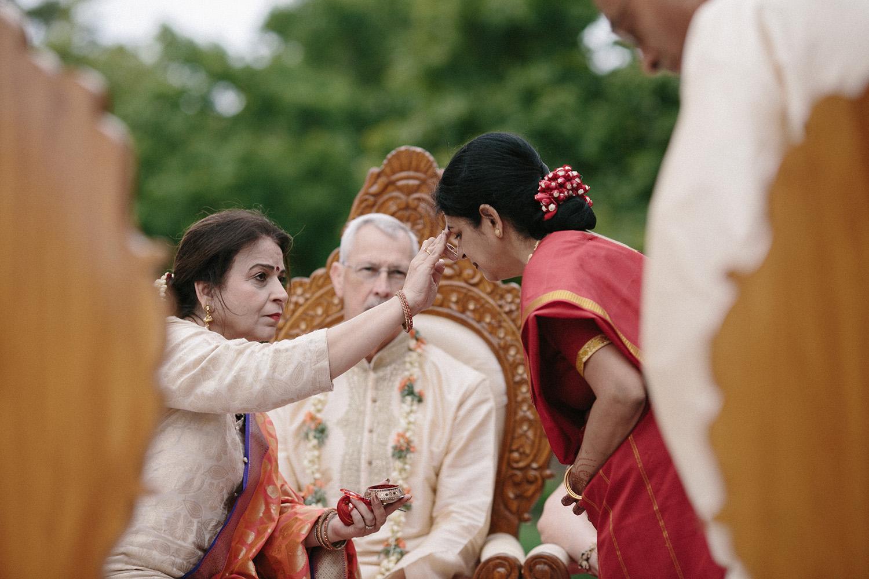 Chicago Botanic Gardens Indian Wedding 063.jpg