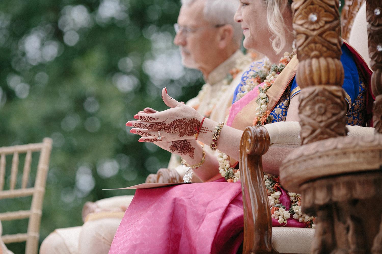 Chicago Botanic Gardens Indian Wedding 081.jpg