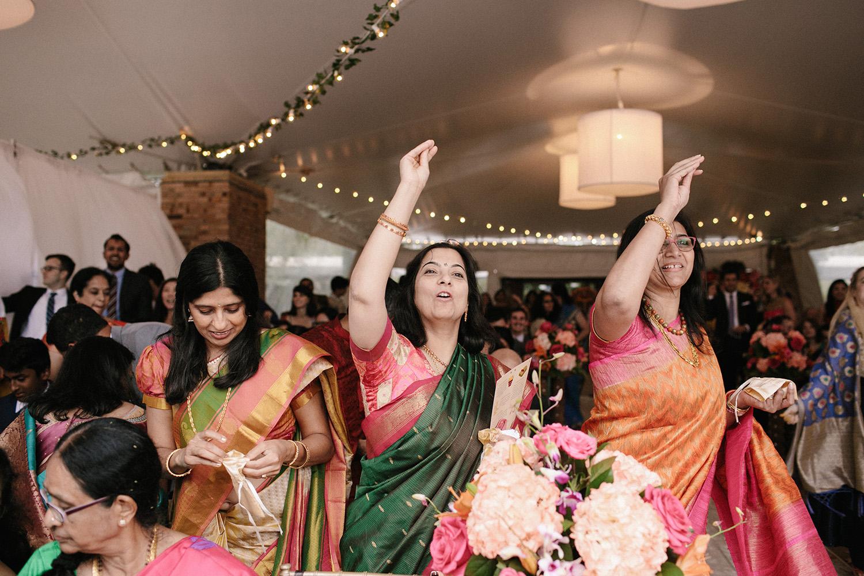 Chicago Botanic Gardens Indian Wedding 083.jpg