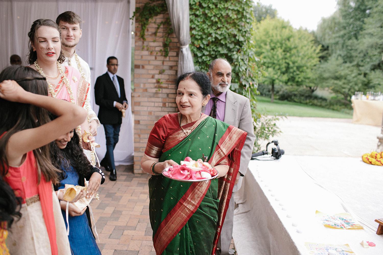Chicago Botanic Gardens Indian Wedding 084.jpg