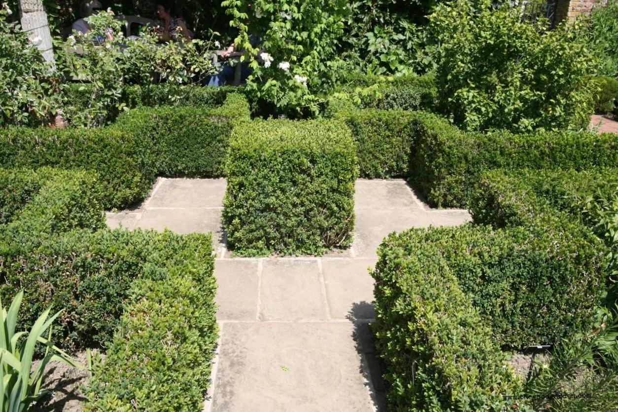 thegoodgarden|sissinghurst|362.jpg