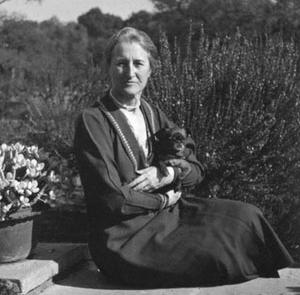 Beatrix Farrand and Cubby, 1927    Beatrix Farrand Society Archives