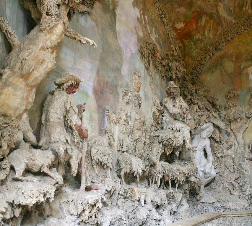 Grotto grande interior.