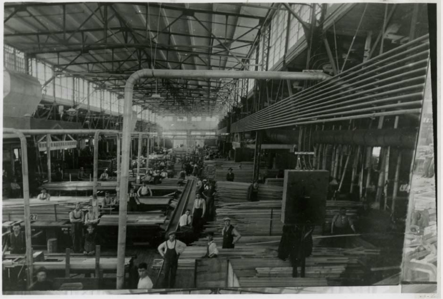 In 1929 the Paine Lumber Company was the largest producer of wood doors in the country.  Source: Jamie Helf.