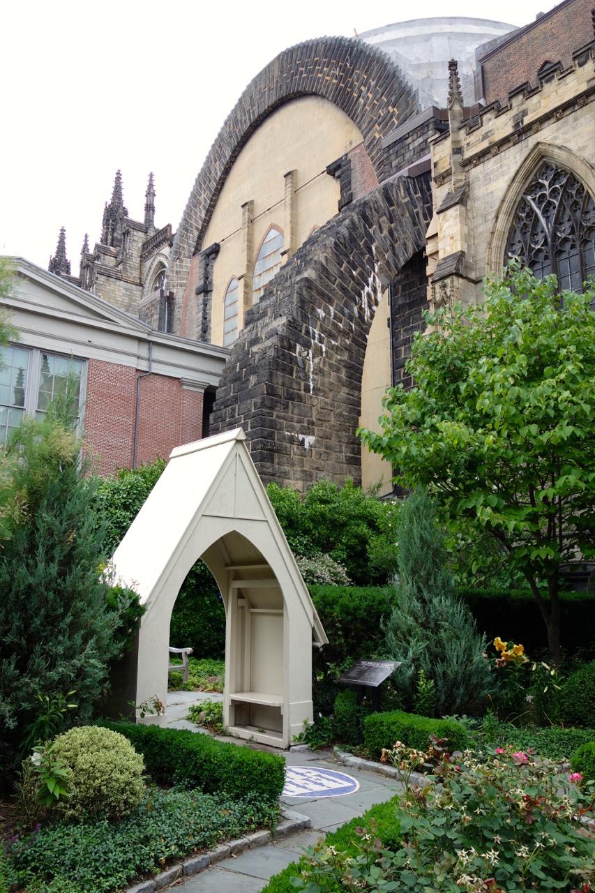 thegoodgarden|davidcalle|stjohndivine|biblicalgarden03599.jpg