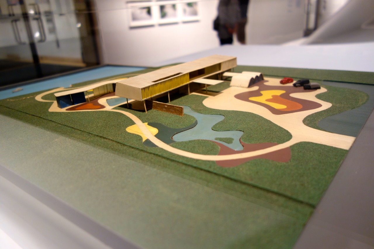 Maquette for the Burton and Emily Hall Tremaine Beach House, Santa Barbara, California, 1948. Architect: Oscar Niemeyer, Garden by Roberto Burle Marx.