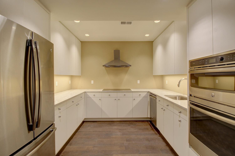 downstairs+kitchen.jpg
