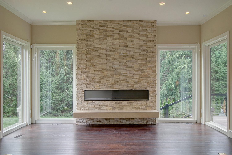 stone+fireplaceclose.jpg
