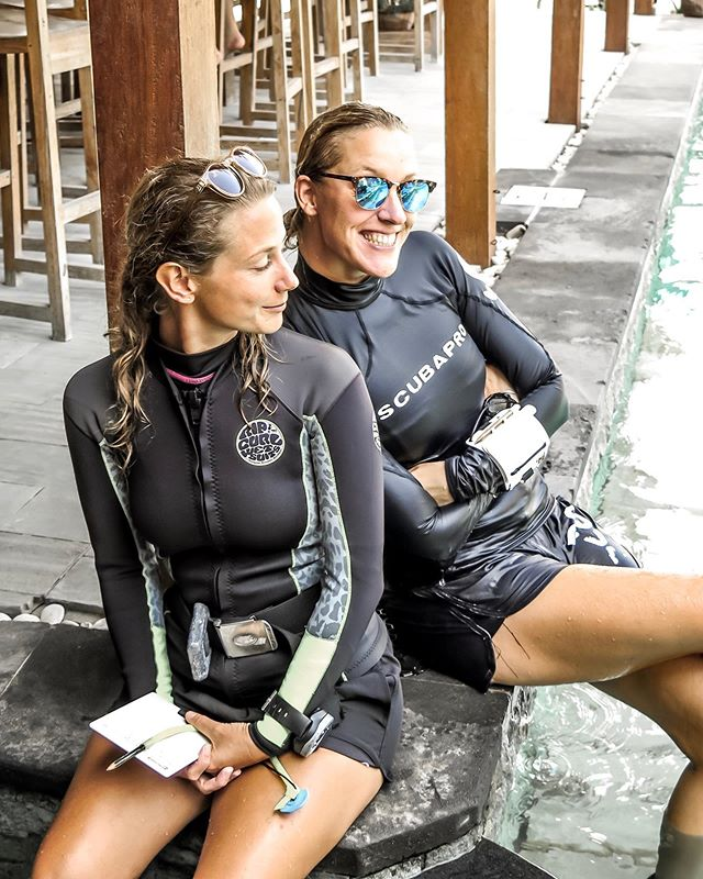 Dream team 🙌🏻 Have you met these two awesome instructors? Meet @pipgriggs and @roosmichels__ - they're ready to show you the underwater world, so what's your next course going to be? 🐠💦⁣ ⁣ 📍 Dive Central Gili⁣ ⁣ 📷  @scubastevewillard ⁣ ⁣ #divecentralgili #everydiveisafundive #girlsthatscuba #discoverscuba #discoverscubadiving #instadive #trydive #padiopenwater #trydiving #scubadivinglife #travelbali #gilitravel #gilitraveller #scubadivingaddicts #gilitrawangan #giliislands #gilimeno #diveindonesia  #scubaworld #divemag #divinglife #paditv #wearepadi #oceanholiclife #uniladadventure