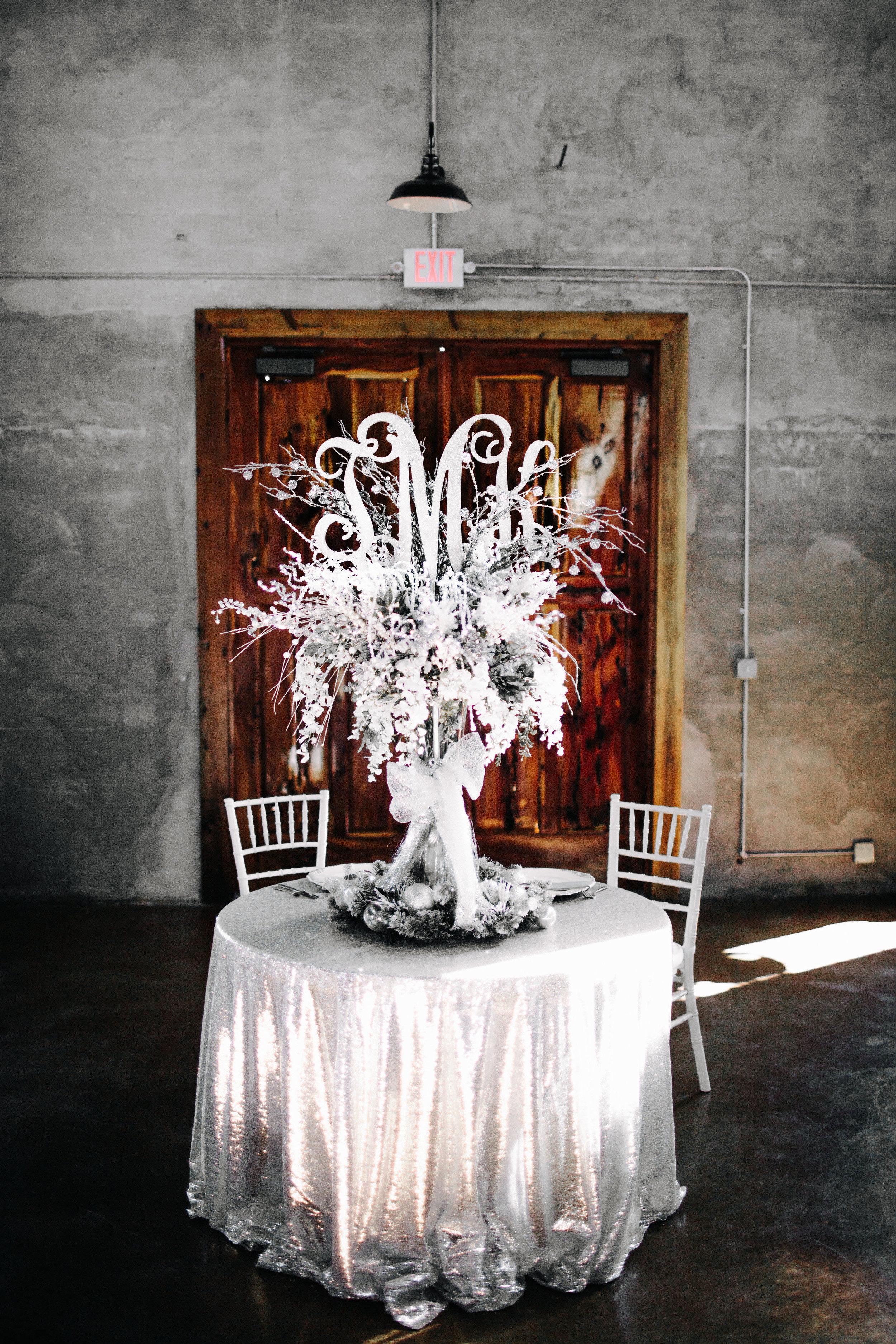 Winter Wedding at Olde Dobbin Station - Madeleine Frost Wedding Photographer-0425.jpg