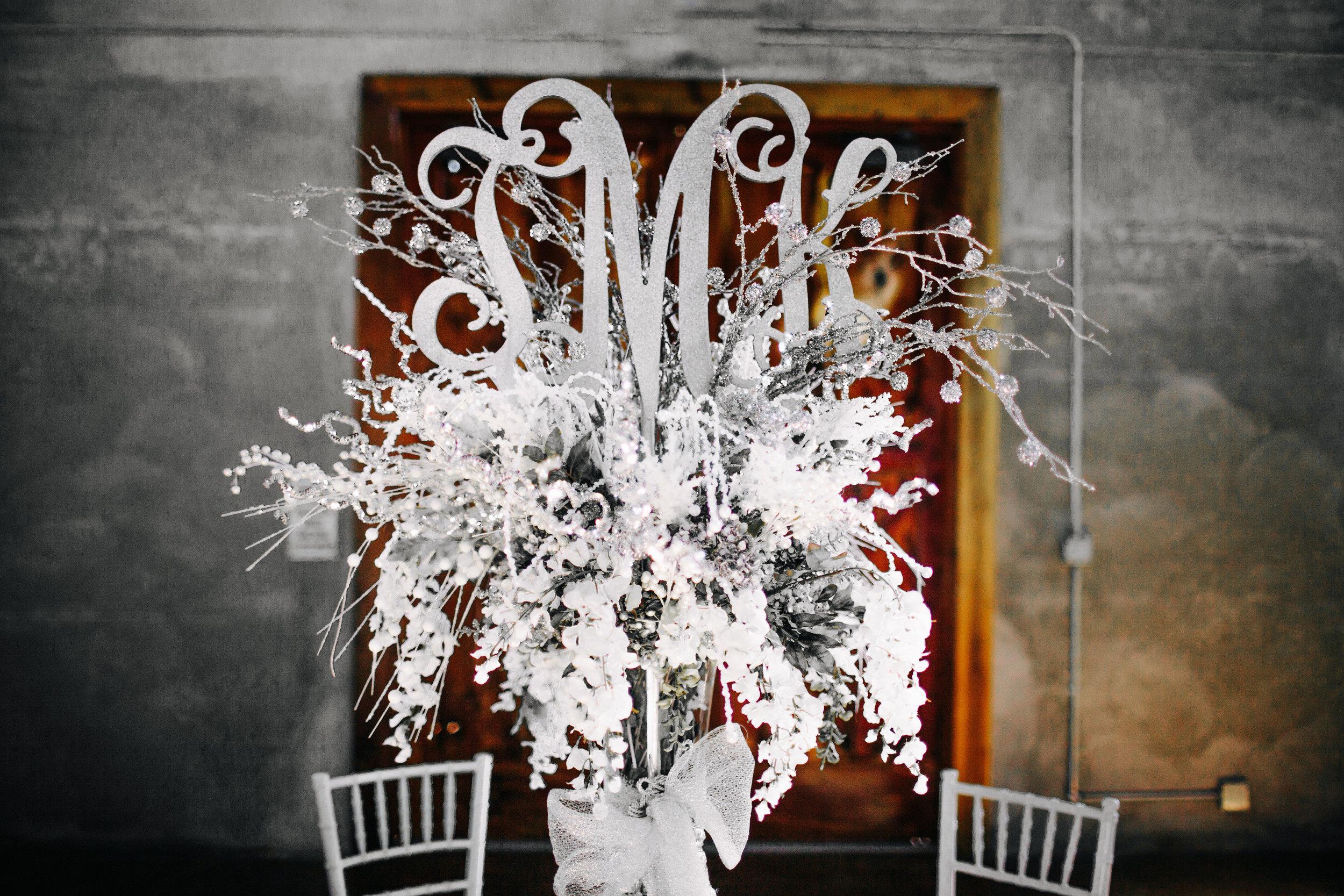 Winter Wedding at Olde Dobbin Station - Madeleine Frost Wedding Photographer-0426.jpg