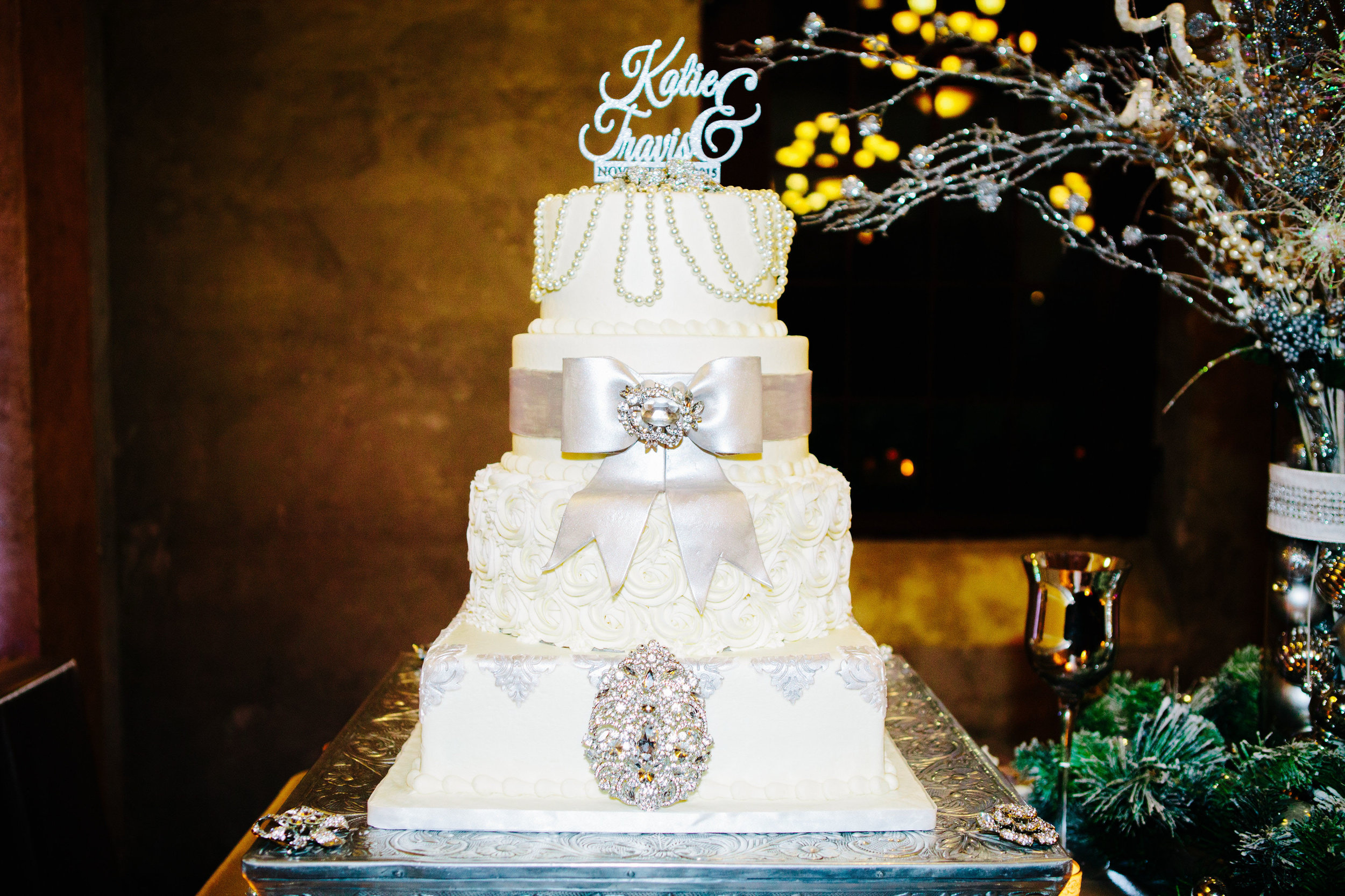 Winter Wedding at Olde Dobbin Station - Madeleine Frost Wedding Photographer-0474.jpg