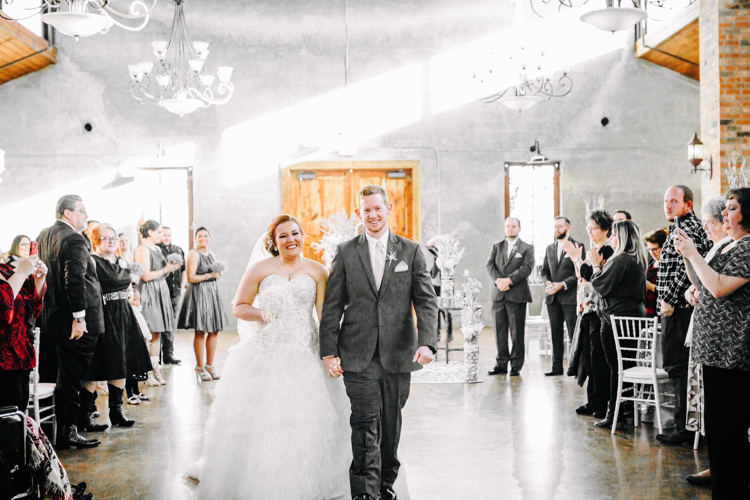 Winter Wedding at Olde Dobbin Station - Madeleine Frost Wedding Photographer-0595.jpg
