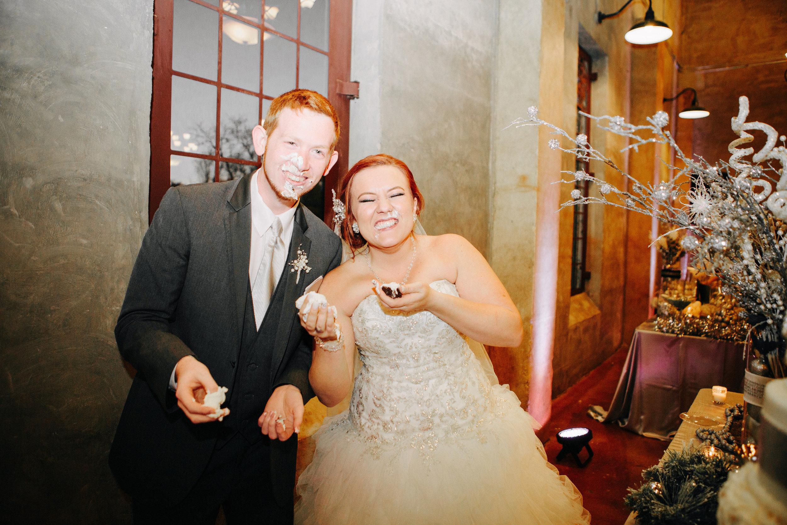 Winter Wedding at Olde Dobbin Station - Madeleine Frost Wedding Photographer-0623.jpg