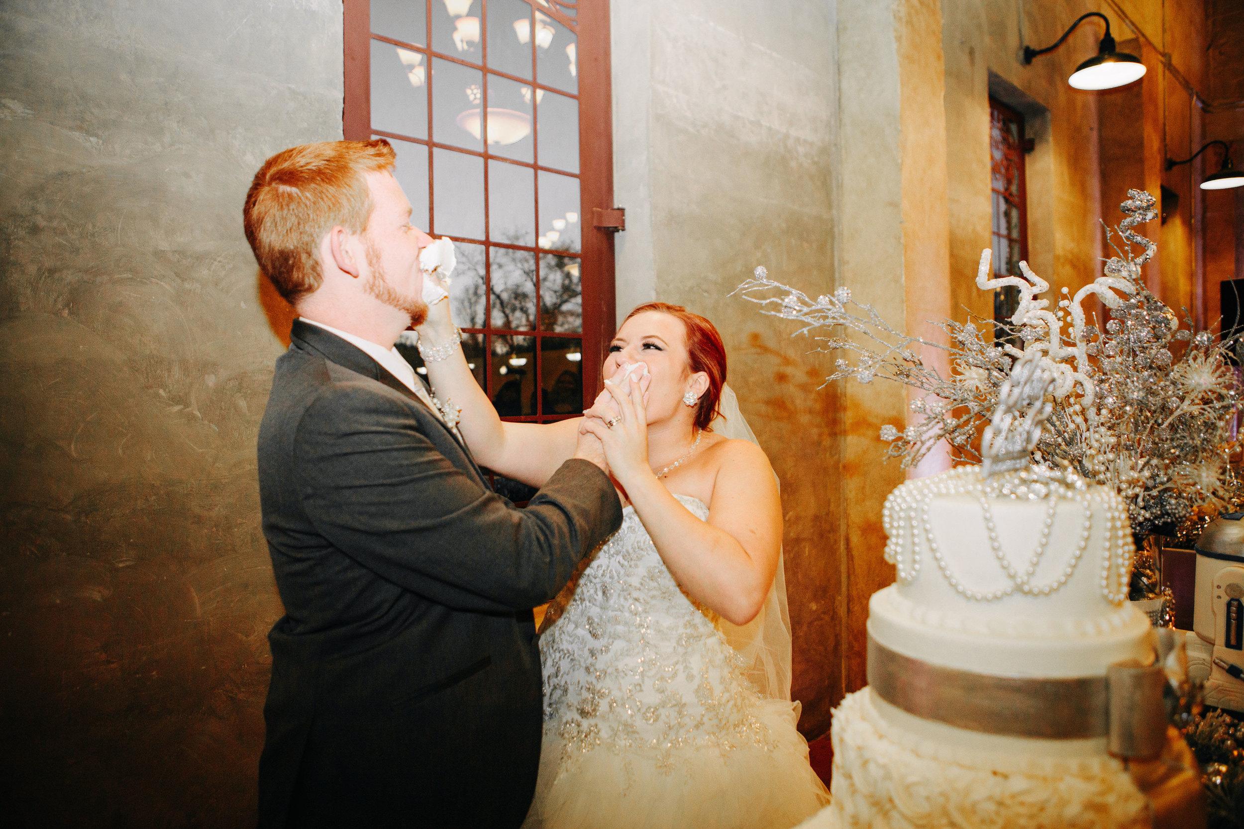Winter Wedding at Olde Dobbin Station - Madeleine Frost Wedding Photographer-0304.jpg