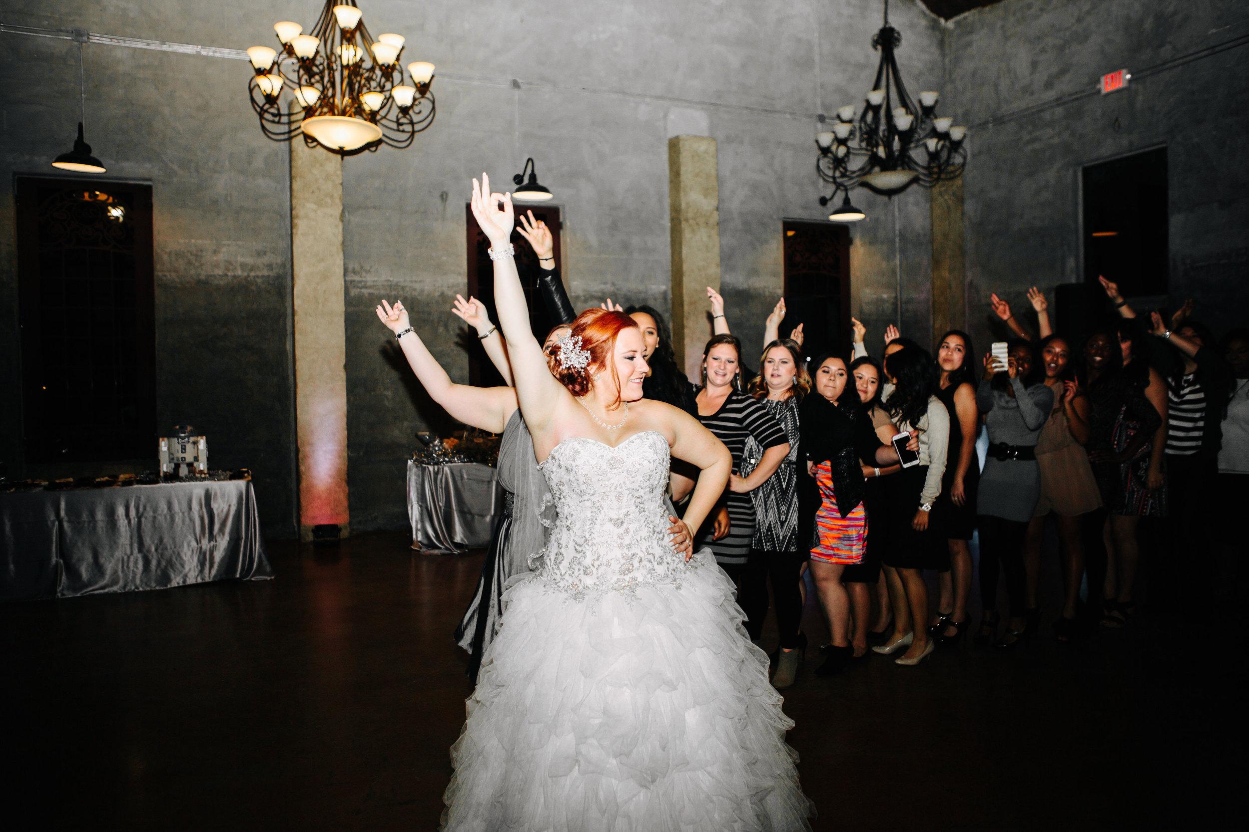 Winter Wedding at Olde Dobbin Station - Madeleine Frost Wedding Photographer-0385.jpg