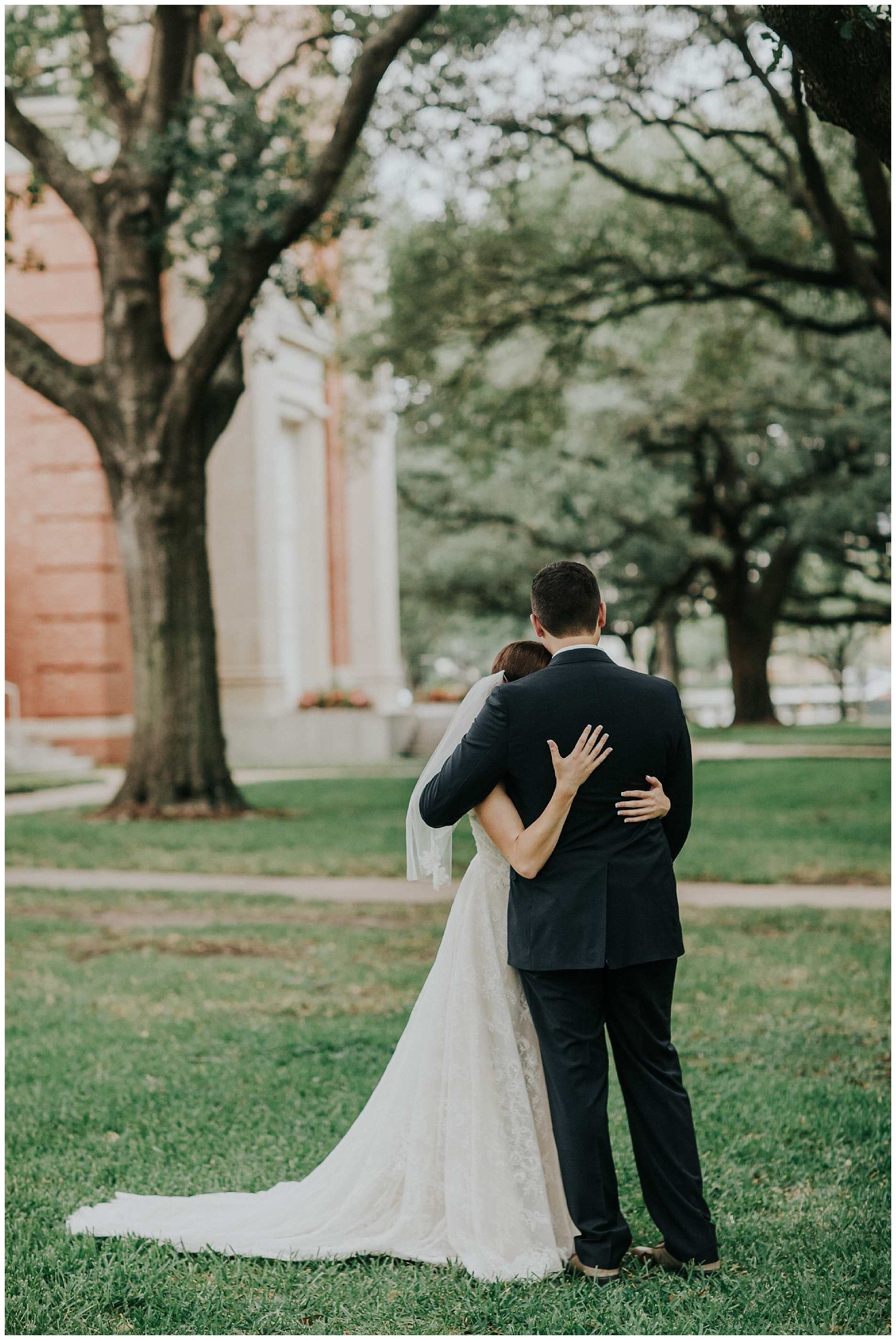 Madeleine Frost - Houston Texas Adventure Wedding Photographer - First Presbyterian Church-1210.jpg