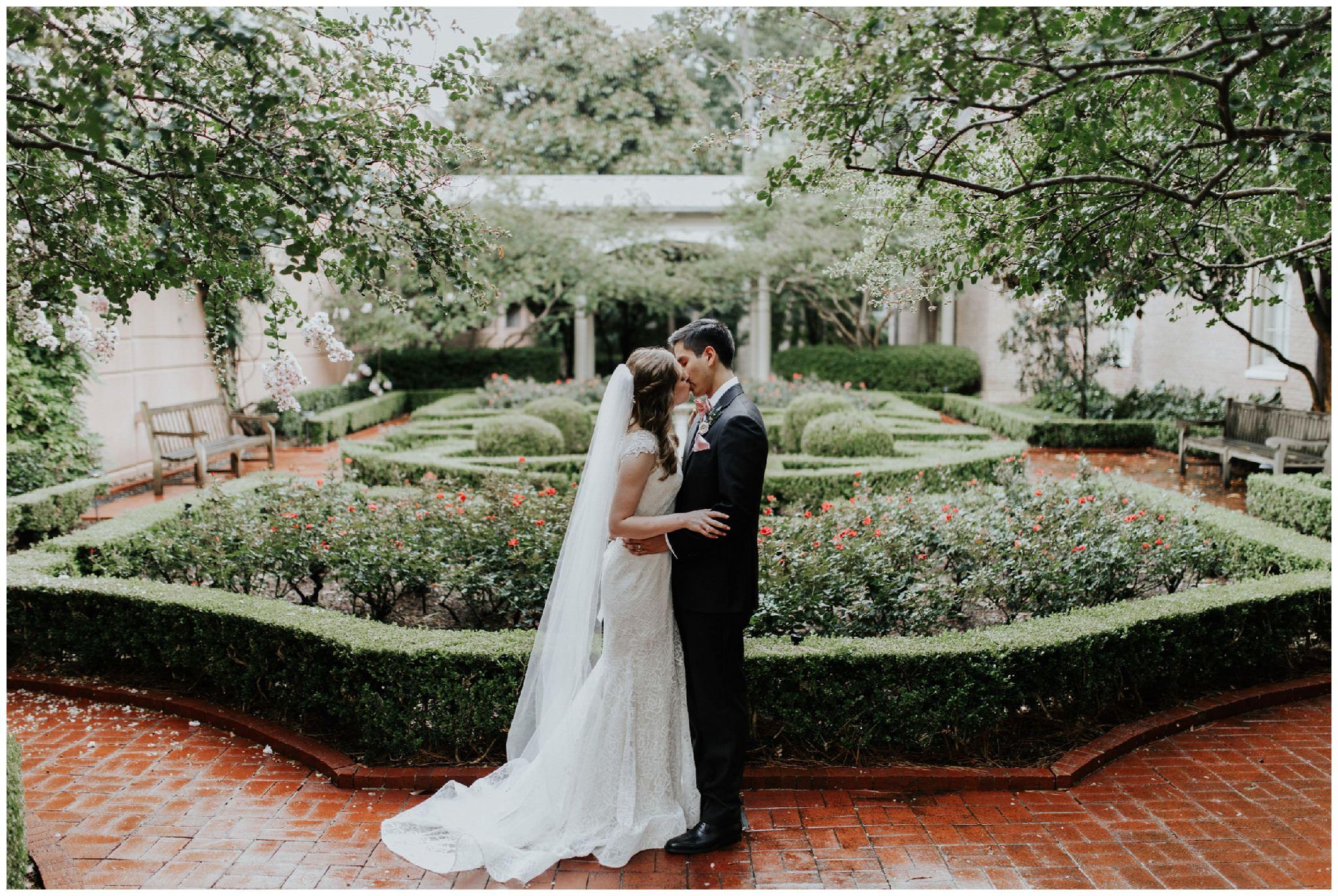 Wedding at the Junior League Houston Texas  - Madeleine Frost-2167.jpg
