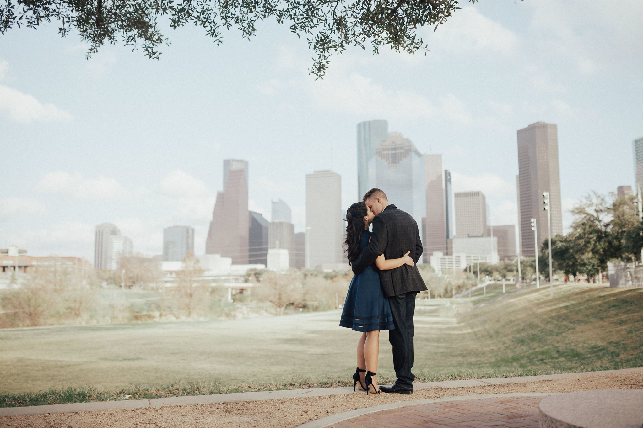 Ashley_and_Kyle___Downtown_Houston_Engagement_Session_2133-1.jpg