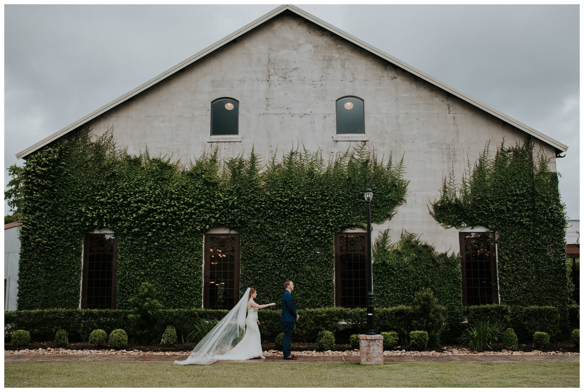 Summertime Olde Dobbin Station - Magnolia Wedding - The Woodlands Texas Wedding Photographer-2390.jpg